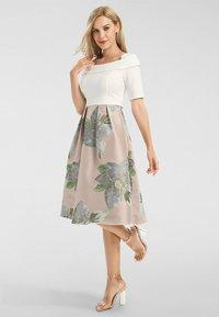 Apart - Day dress - cream-multicolor - 1