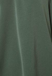 ONLY - ONLUMA - Bluser - balsam green - 2