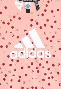 adidas Performance - TEE - Print T-shirt - pink/maroon/white - 3