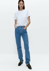 Uterqüe - Straight leg jeans - blue denim - 1
