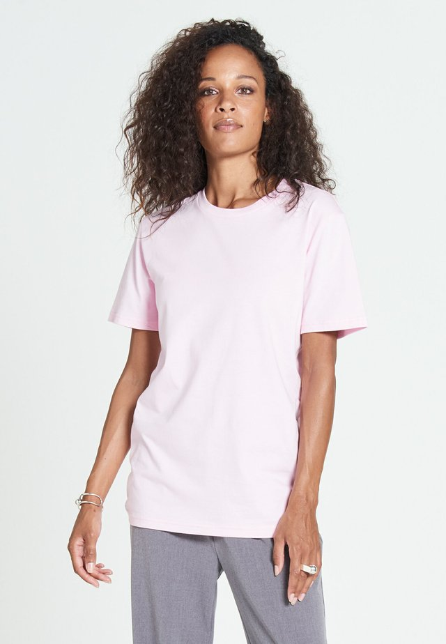 NEW STANDARD - Basic T-shirt - blush pink