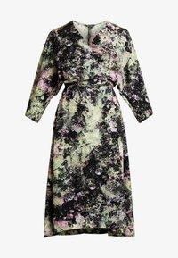 Monki - LOLLO DRESS - Denní šaty - multi-coloured - 6