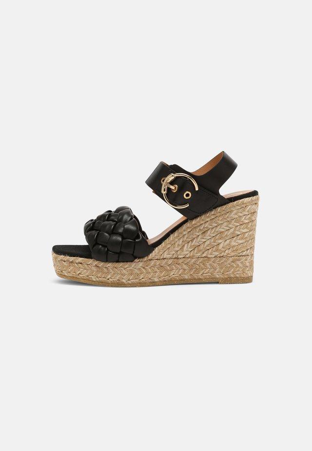 SONIA - Sandalen met plateauzool - schwarz