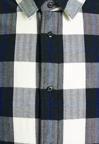 Scotch & Soda - REGULAR FIT- CLASSIC CHECK  - Shirt - black,white - 2