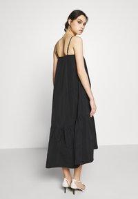 Who What Wear - THE TRAPEZE DRESS - Day dress - black - 2
