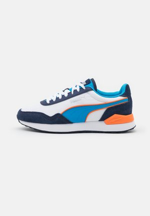 DISTA RUNNER UNISEX - Tenisky - white/dresden blue/peacoat