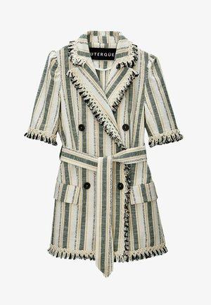 MIT PASPELN  - Short coat - green