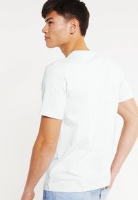 Carhartt WIP - Basic T-shirt - ash heather - 2