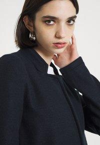 Vero Moda - Short coat - navy blazer - 3