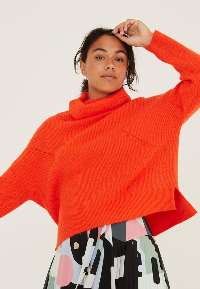 ZEUS POINTELLE HIGH NECK  - Jumper - orange