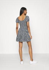 Hollister Co. - CHAIN SHORT DRESS - Vestito estivo - navy pattern - 2