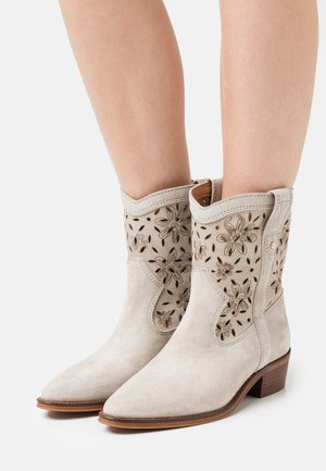 CECILE - Cowboy/biker ankle boot - grey