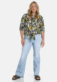 Samoon - Bootcut jeans - light blue denim - 1