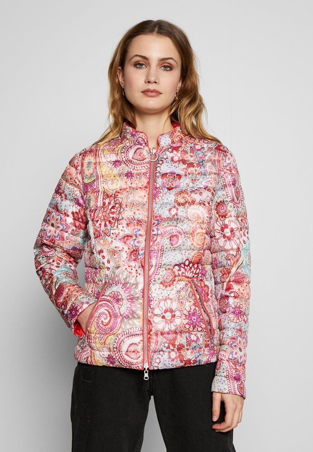 Light jacket - paisley coral