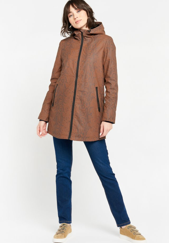 WITH SNAKE PRINT - Parka - toffee brown