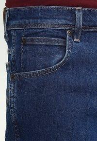 Wrangler - REGULAR FIT - Jeans Straight Leg - darkstone - 3