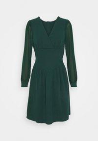 WAL G. - BELLA SLEEVE SKATER DRESS - Cocktail dress / Party dress - emerald green - 4