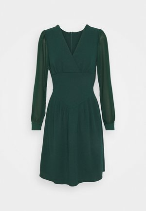 BELLA SLEEVE SKATER DRESS - Kjole - emerald green