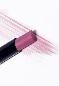 Dr. Hauschka - SHEER LIPSTICK - Lipstick - rosanna - 2
