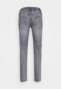 Pepe Jeans - HATCH - Jeansy Slim Fit - grey denim - 5