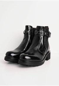NeroGiardini - Classic ankle boots - nero - 2