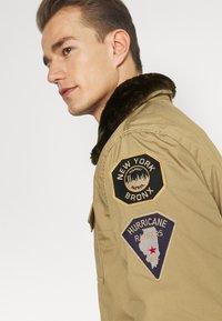 Schott - JEEPER - Winter jacket - beige - 5