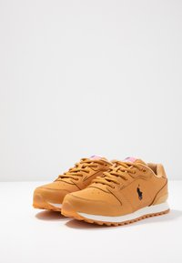 Polo Ralph Lauren - CLASSIC RUN - Sneaker low - honey - 4