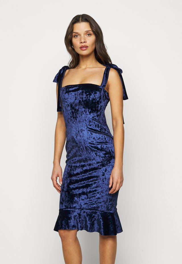 CRUSHED TIE STRAP DRESS - Cocktailkjole - navy
