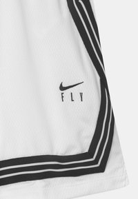 Nike Performance - FLY CROSSOVER - Urheilushortsit - white/black - 2