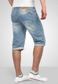 Alessandro Salvarini - Denim shorts - hellblau - 2