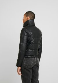 Abercrombie & Fitch - PUFFER - Jas - black - 2