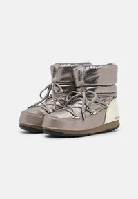 Moon Boot - LOW MORITZ WP - Winter boots - platinum - 2