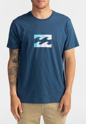 TEAM WAVE  - Print T-shirt - denim blue