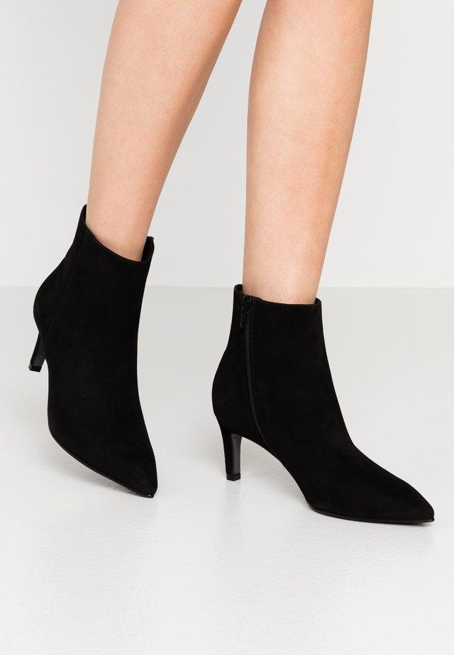 ENNY - Ankle boot - schwarz