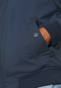 Jack & Jones - JJBERNIE JACKET - Light jacket - navy blazer - 5
