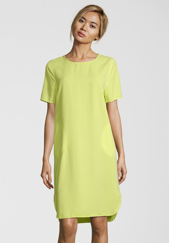 KLEID ALOS - Day dress - lime
