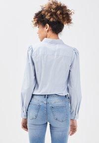 Cache Cache - Button-down blouse - bleu pastel - 2