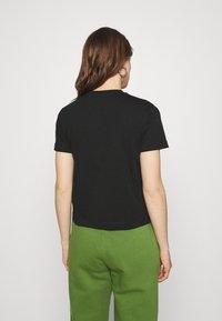 Calvin Klein Jeans - LOGO TEE - Camiseta estampada - black - 2