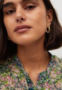 Violeta by Mango - AURELIA - Button-down blouse - grün - 3