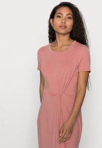Vero Moda Petite - VMAVA ANCLE DRESS PETITE - Maxi dress - old rose - 3