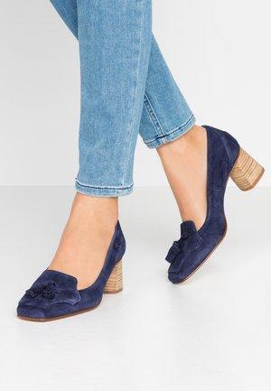 SHELMA - Classic heels - marine