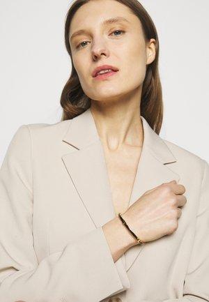 SERIF STACKABLE BRACELET - Bracelet - gold-coloured/black