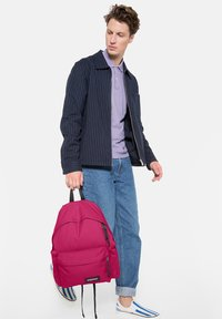 Eastpak - Reppu - ruby pink - 1