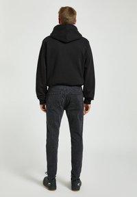PULL&BEAR - Skinny džíny - dark grey - 2