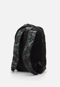 Nike Performance - UNISEX - Rucksack - smoke grey/black/cool grey - 2