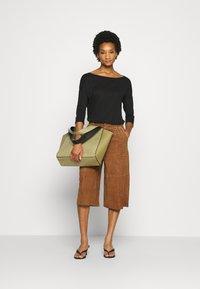 Sisley - Long sleeved top - black - 1