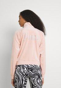 Juicy Couture - TANYA - Zip-up sweatshirt - pale pink - 2
