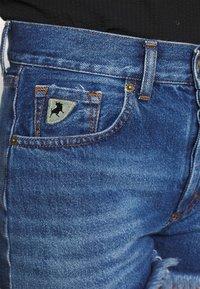 LOIS Jeans - SANTA - Jeansshorts - stone - 3