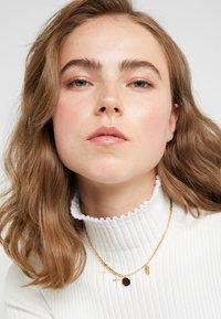 Maria Black - STORIES NECKLACE - Halskette - gold-coloured - 1
