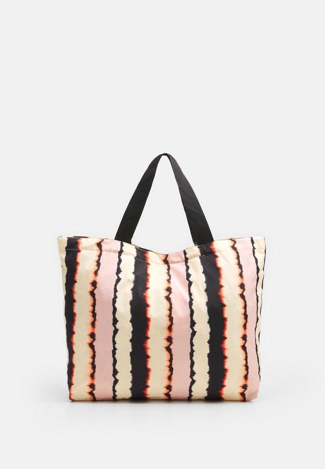 FLASHA FOLDABLE BAG - Shoppingveske - black